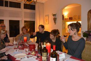 Wijnproeverij met familie bij u thuis op locatie in Vlaardingen